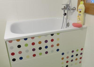 Baño para la higiene de tu bebe